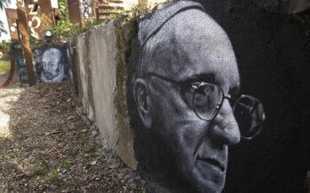 Il papa in Colombia: «L'ingiustizia è la radice dei mali sociali»