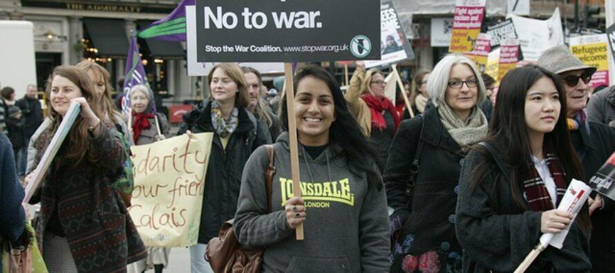 Londra, attacco islamofobico contro musulmani alla moschea