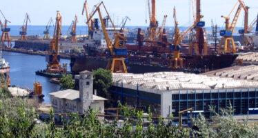 Macron nazionalizza i cantieri di Saint-Nazaire