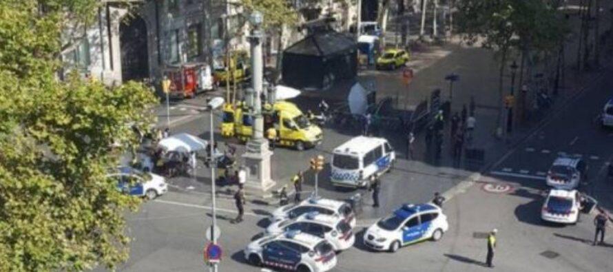 Dopo Barcellona, operazione a Cambrils: «Sventato nuovo attacco», cinque terroristi uccisi