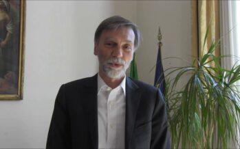 """Graziano Delrio: """"Se bisogna salvare vite, serve la nave più vicina"""""""