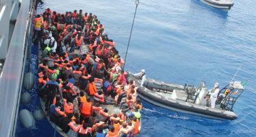 Migranti, in arrivo una nave carica di bambini salvati dalla Ong Sos Mediterranee