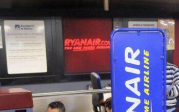 Il tribunale condanna la compagnia: «Ryanair discrimina chi si iscrive ai sindacati»