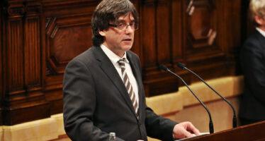 La Spagna lo accusa di sedizione, Puigdemont fugge in Belgio