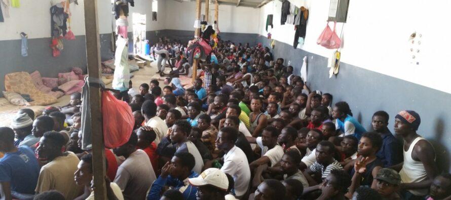 Lettera aperta alle Ong: disertate il bando per «migliorare» i lager libici
