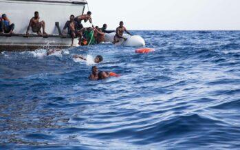 «Naufragio in Libia, almeno 90 migranti morti», il mese scorso le vittime  sono state 246