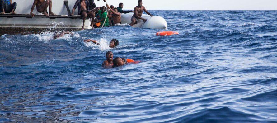 Sos Méditerranée: «Soccorsi dei migranti fermati dall'Italia»