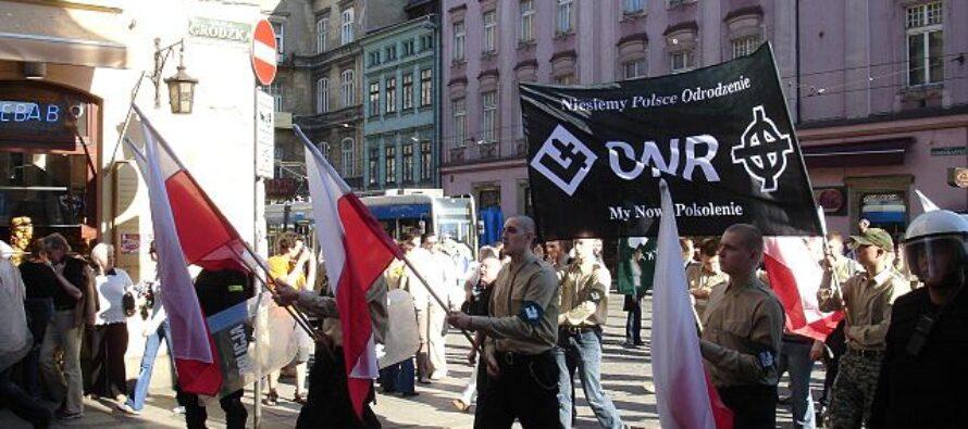 L'onda nera contro l'Europa, nazionalismi all'attacco, da Est e da Ovest