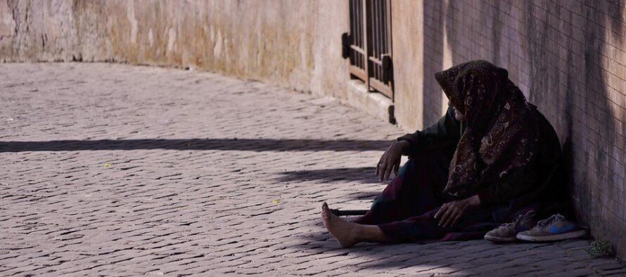 Roma Capitale delle povertà. Cresce la classe dei «working poors»