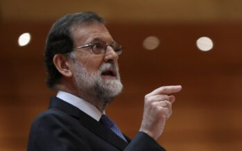 La repressione della Spagna strappa il velo