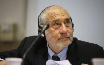 Joseph Stiglitz: «Non si esce dalla crisi senza politica redistributiva della ricchezza»