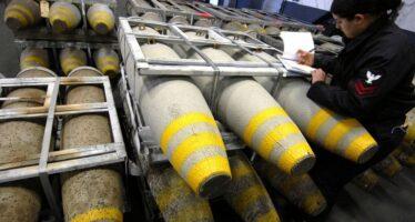 Le bombe italiane per i sauditi sono illegali. Ma il governo Gentiloni finge il contrario