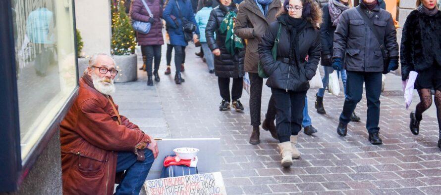 Contro il divieto del sindaco di aiutare i senzatetto arriva Como solidale