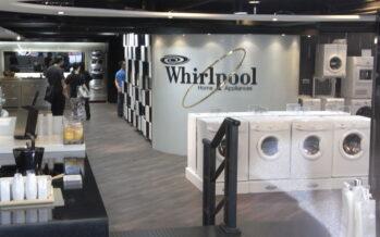Gli operai Whirlpool occupano l'autostrada A3