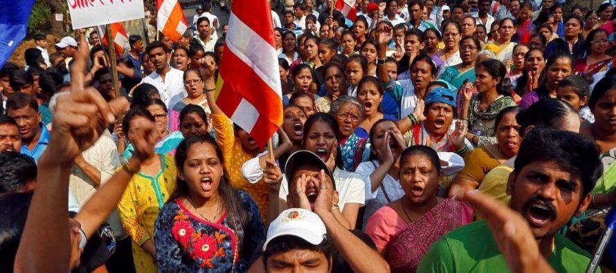 In tutta l'India Dalit in rivolta, a Mumbai lo sciopero è totale