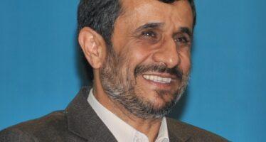 Almeno 21 morti e mille fermati in Iran. Anche Ahmadinejad agli arresti?
