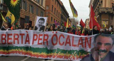 Roma manifesta per Afrin: «Oggi i curdi vivono un nuovo Sykes-Picot»