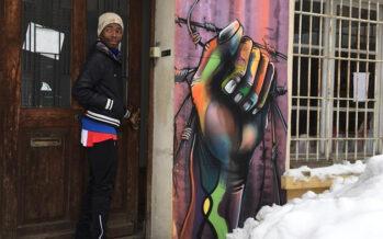 Guardia alpina soccorre una migrante incinta, ora rischia 5 anni di carcere