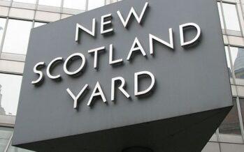 Guerra di spie a Londra, ex agente segreto russo avvelenato