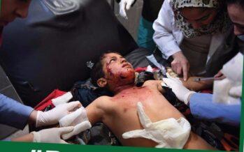 Afrin, la Turchia affama e bombarda la città, 30mila in fuga