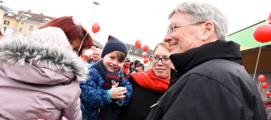 In Carinzia vittoria socialista, sconfitti i razzisti Fpoe ora al governo dell'Austria
