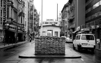La caduta del muro di Berlino e la grande puzza di guerra