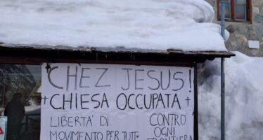 Volontari senza frontiere. Nella chiesetta di Claviere occupata dai migranti