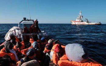 Ecco come la Libia intende i soccorsi: «Dateci i migranti o vi uccido»