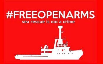 Solidarietà ad Open Arms: «Salvare le persone non è un reato»