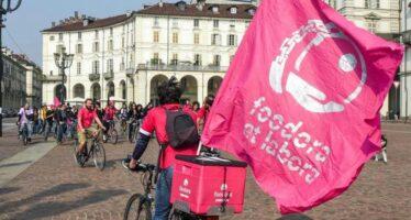 Il Tribunale di Torino respinge il ricorso dei rider Foodora: «Non sono lavoratori subordinati»