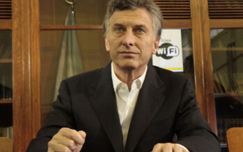 Argentina.Svalutazione e crollo in borsa, si dimette il ministro del prestito Fmi