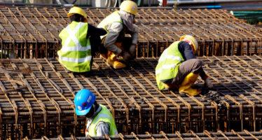 Il ministro del Lavoro Di Maio cerca di riprendersi la scena col «decreto dignità»