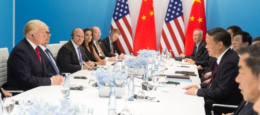Trump sospende i nuovi dazi commerciali, tregua Usa-Cina