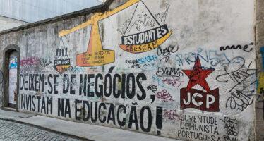 Portogallo. I comunisti assieme ai cattolici bocciano la legge sull'eutanasia