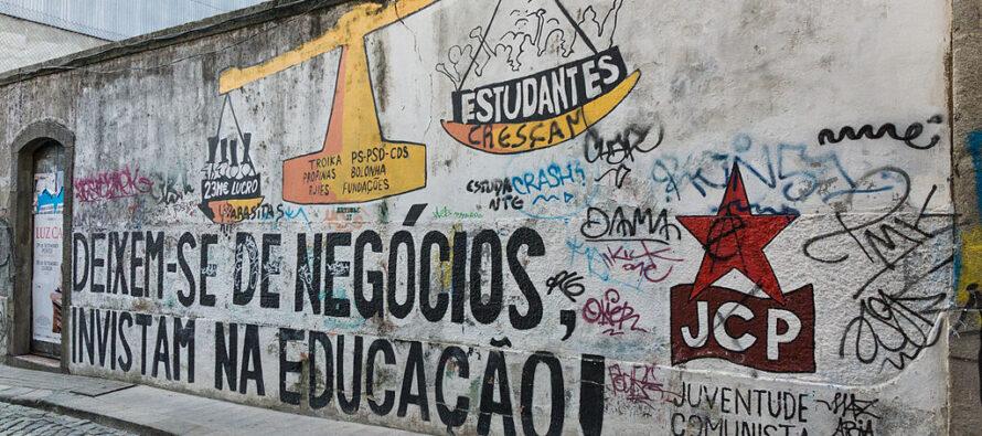 Portogallo, il voto premia le sinistre. Al via il Costa bis
