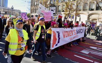 La marcia delle donne contro le politiche sull'immigrazione di Donald Trump, 600 fermate