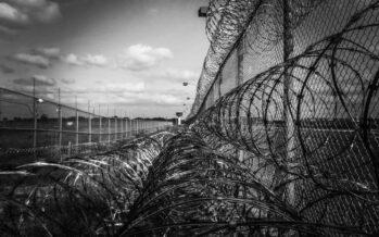 Criminalizzare l'immigrazione serve al mercato della sicurezza