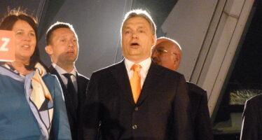 Ungheria in piazza contro la nuova «legge schiavitù» di Orbán