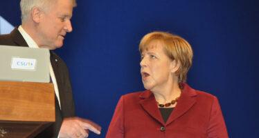 Fatto l'accordo sui migranti, si salva il governo Merkel