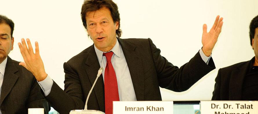 """Di fronte al """"golpe"""" indiano sul Kashmir il «nuovo» Pakistan sceglie la diplomazia"""
