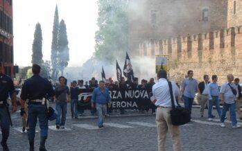 """I nuovi fascisti. L'Italia che sale sul ring al grido """"A noi!"""""""