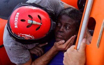 Ammissione della Guardia costiera libica: «Abbiamo lasciato in acqua solo due cadaveri»