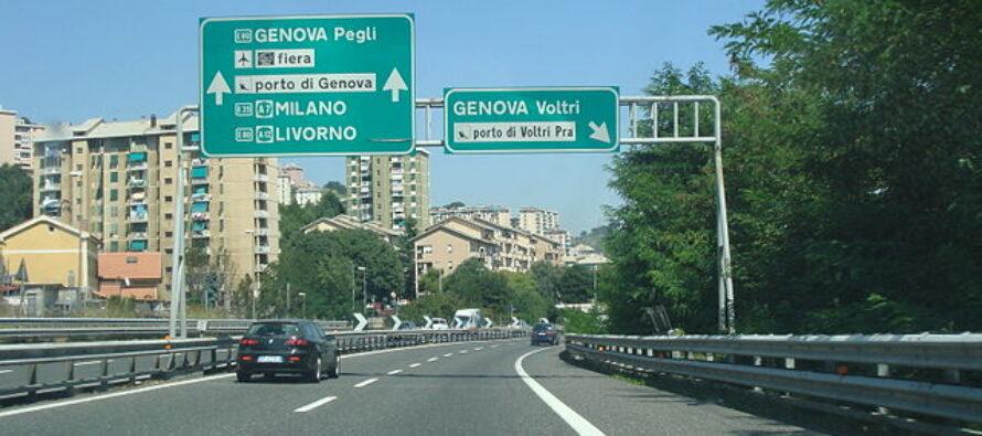 Il ministro Toninelli: «Nazionalizzare conviene: autostrade più sicure con i pedaggi allo Stato»