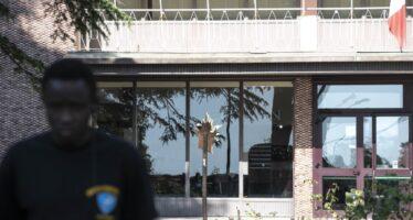 Migranti a Rocca di Papa, la contestazione arriva da fuori