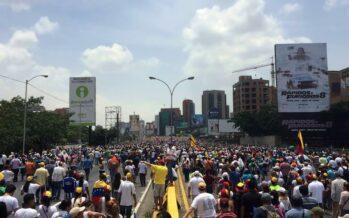 Venezuela, due piazze contrapposte e un popolo contro il golpe