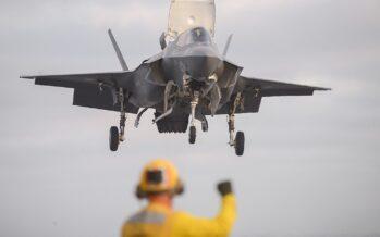 Afghanistan, gli USA testano i nuovi caccia F35. Onu: «Sempre più vittime civili»