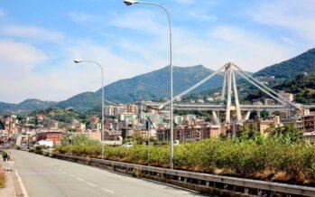 Genova, il ponte «torna» ad Autostrade, il governo esita sulla revoca