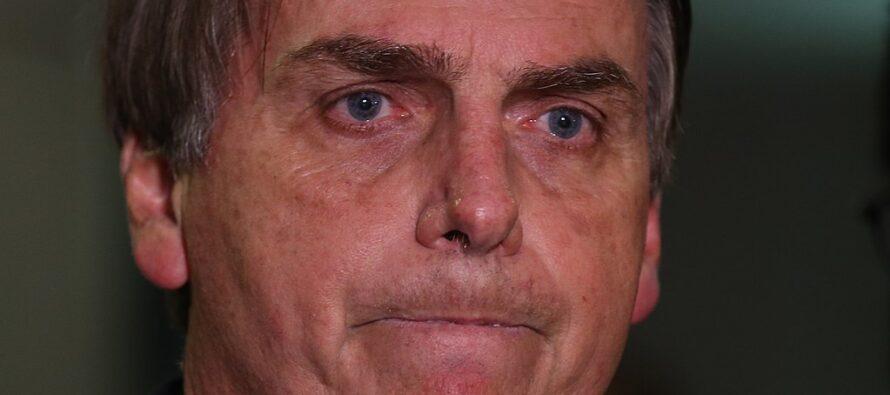Amazzonio, Jair Bolsonaro rifiuta i soldi del G7 e insulta il presidente Macron