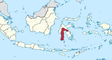 Già 1.300 morti in Indonesia, i vivi senza soccorsi