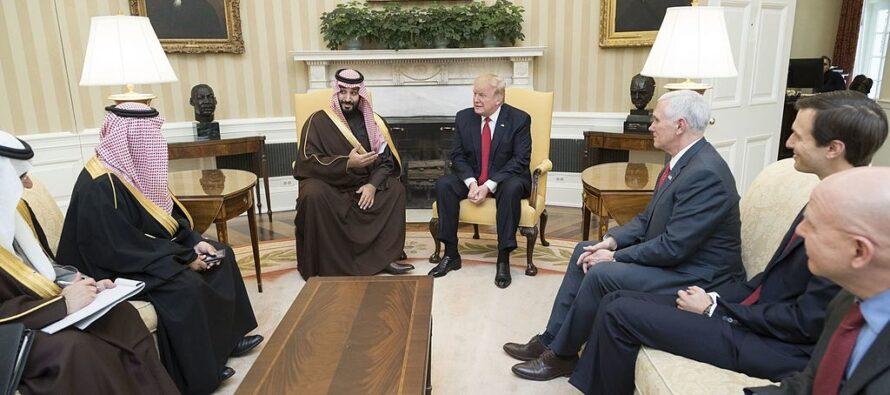 Contro l'Iran nuove sanzioni di Trump e marines in aiuto dei sauditi